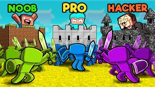 Green vs Blue vs Purple CASTLE WARS! (Noob vs PRO vs Hacker)
