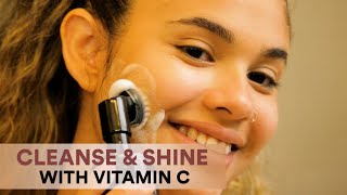 How To Use WOW Skin Science Brightening Vitamin C Foaming Built-in Face Brush