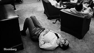 Greenspan Wrote Speeches in Bathtub and Worked Lying Flat on the Floor