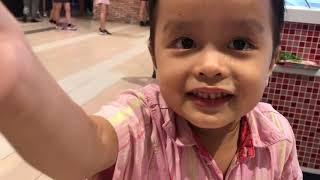 Cuối tuần Thế Dĩnh được bạn Khương Dừa dẫn đi ăn kem vui quá vui!!!