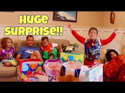 WYATT'S BIRTHDAY TREASURE HUNT & OPENING PRESENTS SURPRISE