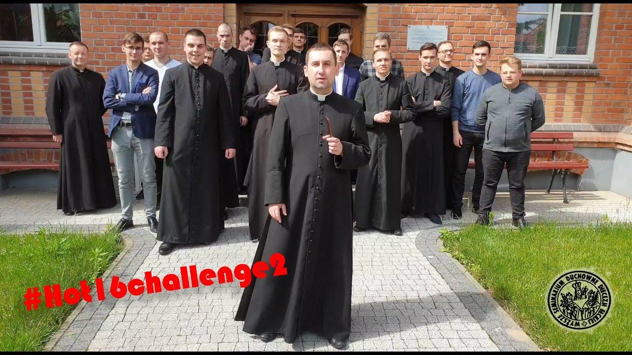Klerycy z Ełku #Hot16challenge2
