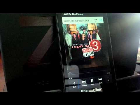 Fluid Track Switching in the Native BlackBerry 10 Music App