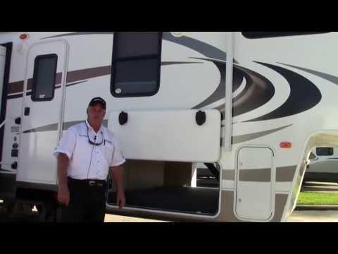 New 2014 Keystone Cougar 320QBS Fifth Wheel RV - Holiday World Of Houston & Dallas