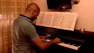 David Izquierdo plays Nocturne in E Minor Op.72 No.1 (Frederic Chopin)