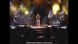 Israel's Rita Rocks The U.n.