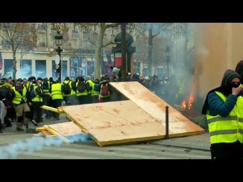 السترات الصفراء في فرنسا: سوف نتظاهر من الآن إلى عيد الفصح…  - نشر قبل 5 ساعة