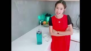 Pha nước hoa đậu biếc cùng Gia đình Lý Hải Minh Hà