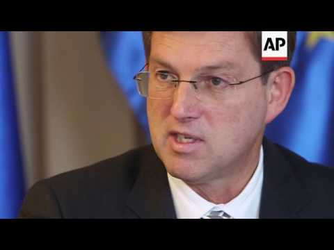 Slovenia offers to mediate between Trump, Putin