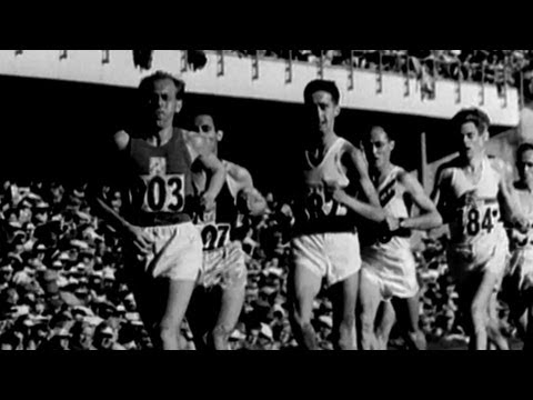 Emil Zátopek Wins 10,000m In Incredible Time For Gold - Helsinki 1952 Olympics