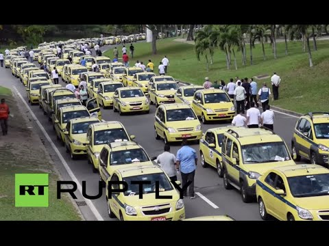 Brazil: Cabbies form 5-mile chain to block streets of Rio in anti-Uber protest