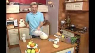 Тирамису(Видео-рецепт от Александра Селезнева., 2009-11-02T13:57:45.000Z)