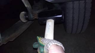 Как снять рулевую тягу наконечник из сошки газель без съемника