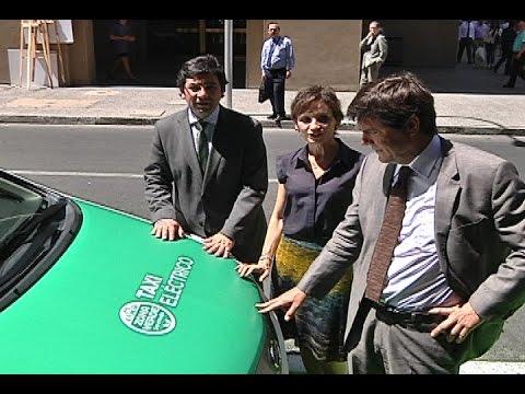 Presentan taxis eléctricos para Santiago