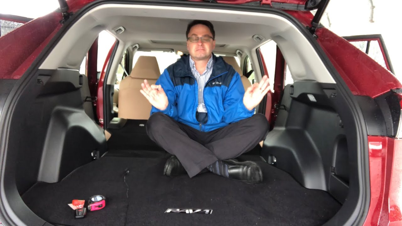 How Much Cargo Space Does 2019 Rav4 Really Have Youtube
