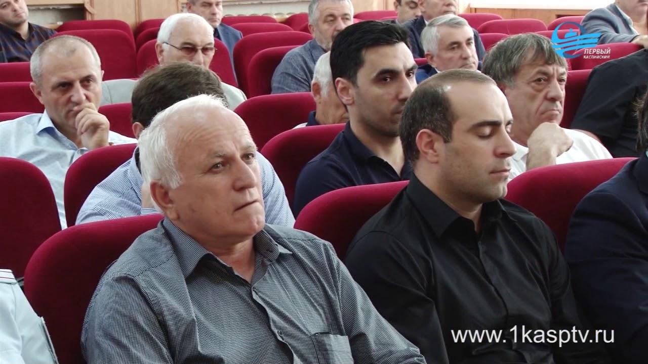 22 школьника были госпитализированы в инфекционное отделение, ЦГБ Каспийска