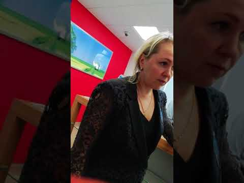 Администратор банка ВТБ в г. Ногинск хамит клиентам! Смотреть что. 2