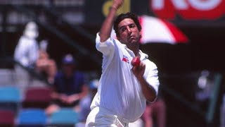From the Vault: Wasim rattles Taylor, takes six at the MCG