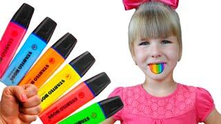 Вика и Ника играют с волшебными маркерами, разукрашивают картинки и учат цвета на английском языке