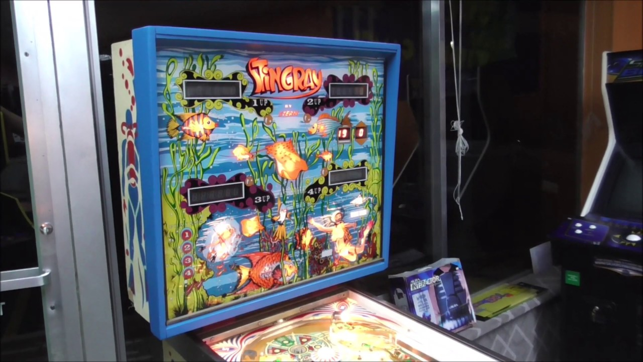 We finally Finished our 1977 Stern Stingray Pinball Machine!  - Artwork, Backglass, Gameplay