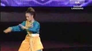 Candy - Tari Silat Melayu