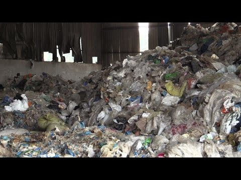 AFP news agency: China plastic waste ban throws global recycling into chaos
