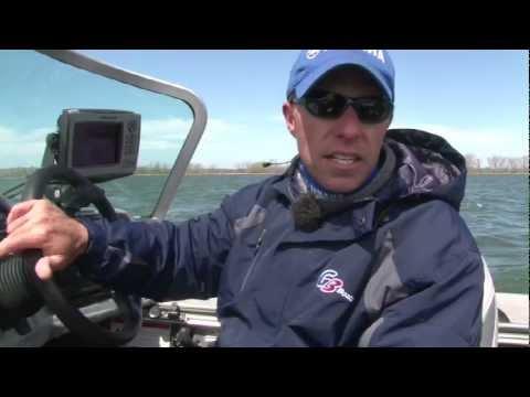 7fcd3cd84de Presque Isle Bay Bass Fishing with G3 Angler V185 F - YouTube