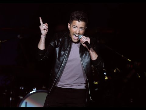 "Billy Gilman is ""Home for the Holidays"""
