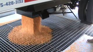 Bourbon Trailers - unloading corn from Easy Flow hopper