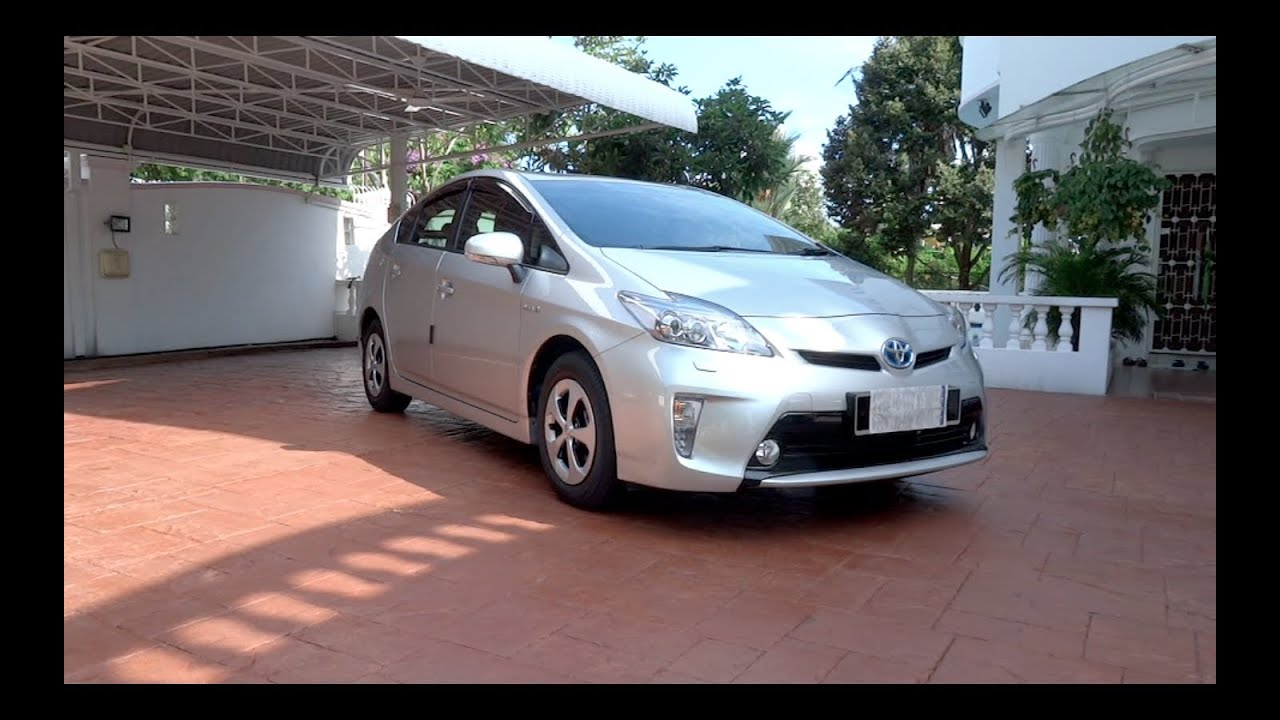 2013 toyota prius luxury start up full vehicle tour 0 doovi. Black Bedroom Furniture Sets. Home Design Ideas