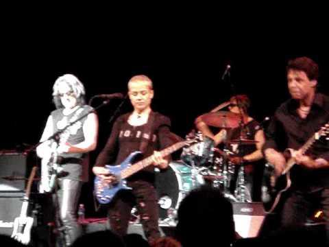 """Love of the Common Man"" - Todd Rundgren ARENA (Palace Theatre, Cleveland Ohio) 4-23-2009"