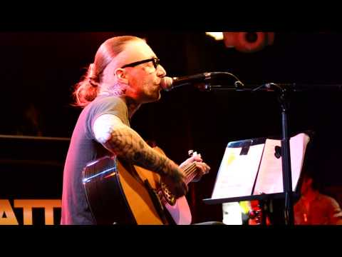 Nicke Borg Homeland - Roads ( Backyard Babies ) live at LeBonk, Helsinki 24.1.2014