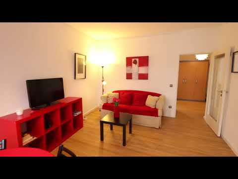 Cozy 2-Room Furnished Apartment with Balcony and Lift in Berlin, Leibnizstr.
