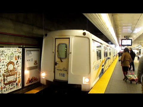 TransLink Expo Line Skytrain - Waterfront to King George