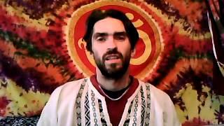 Что такое йога. Видео уроки для начинающих.(Что такое йога. Суть йоги в простых словах. Данил Медянский., 2014-11-20T16:00:22.000Z)