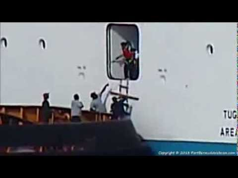 What Happens When You Miss The Boat? -- Norwegian Breakaway In Bermuda 08-16-2013