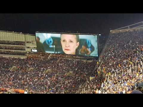 Star Wars the last Jedi Trailer (Premiere at Soldier Field Chicago 10/9/17)
