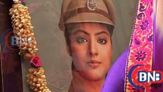 Repeat youtube video Diya Aur Baati Hum 14TH July 2015 Episode Sooraj to Lose Memory after Sandhya Rathi Death