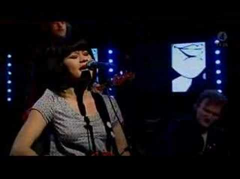 Edith Backlund - True Believer (Nyhetsmorgon 2008)