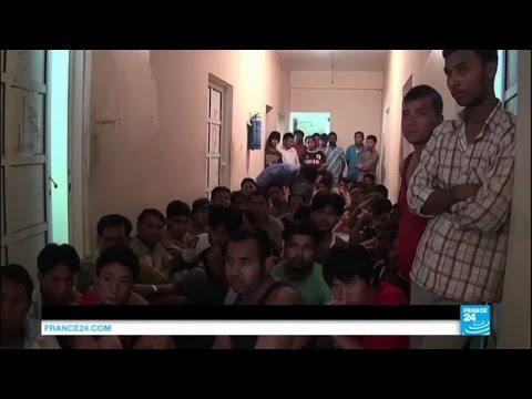 Qatar: un nouveau rapport dénonce les conditions de vie désastreuses des travailleurs immigrés