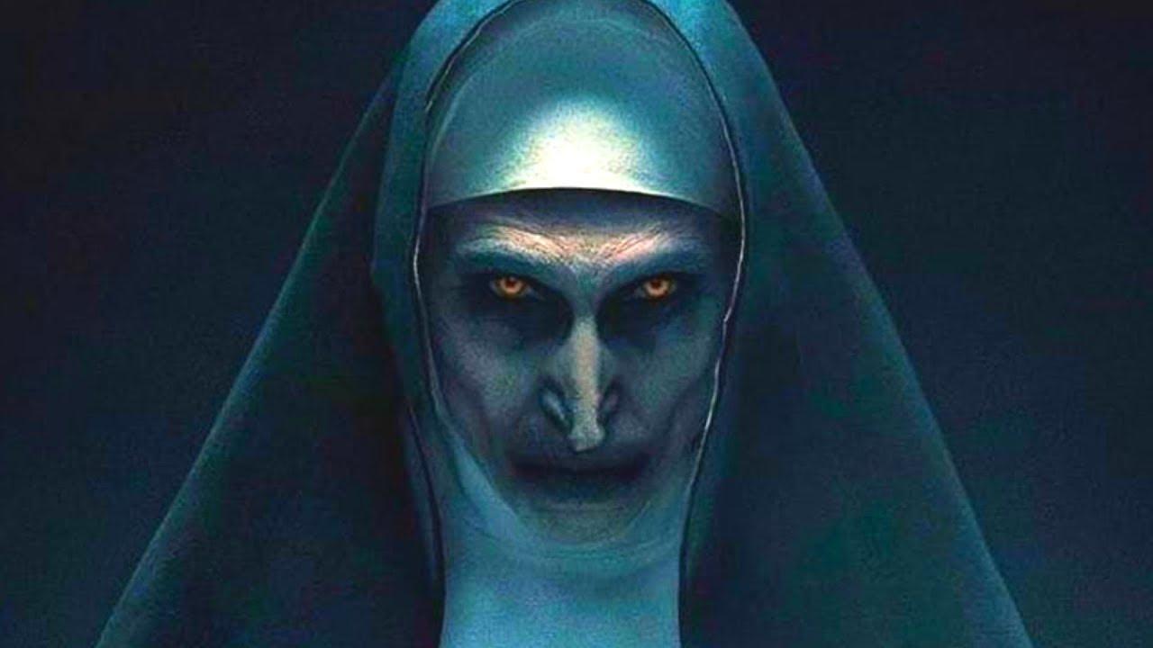 Како изгледа актерката која ја игра морничавата калуѓерка во The Nun?