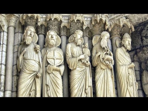 The Town and Cathedral of Chartres - France Travel