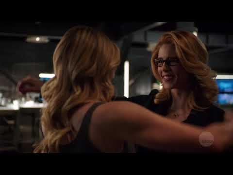Sara Lance Back On Arrow