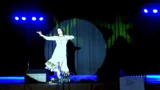 Dance on: Aaja Nachle - Live on Stage