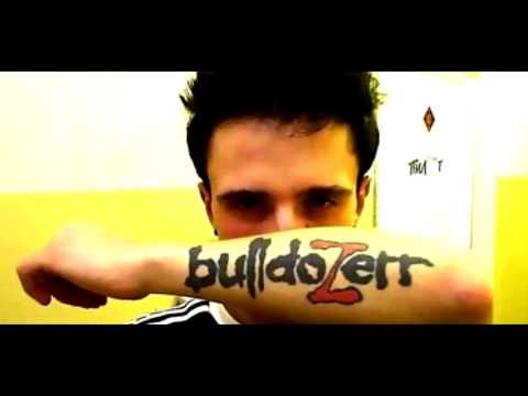 Клип bulldoZerr - Не он