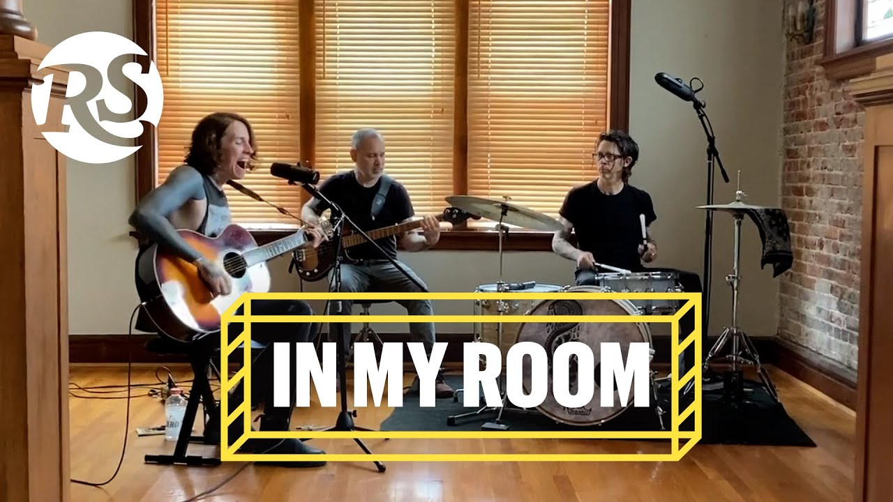 Laura Jane Grace & the Devouring Mothers Perform Live from Chicago | In My Room
