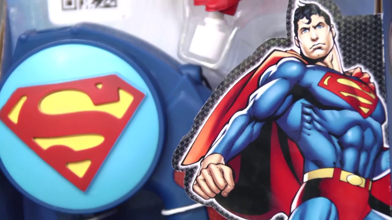 Superman Toy Flyألعاب أطفال سوبر مان يحلق في االجو Youtube