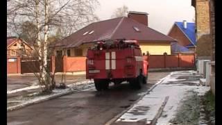 учения в  детском саду(В сыктывкарском детском саду №44 сегодня утром прошли пожарные учения: дети и педагоги тренировались быстр..., 2011-05-12T12:45:55.000Z)