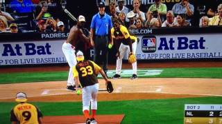 Terry Crews Shirtless Strikes Out 2016 Celebrity Softball Game