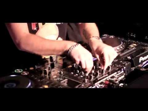 DJ SAMUEL KIMKO' - LA RUMBA - Official Video - feat. E. Sanchez e Laura S.